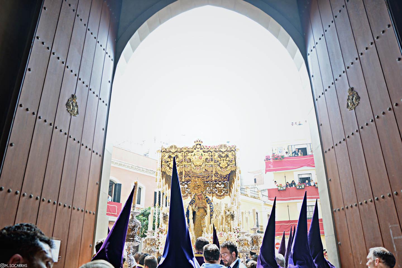 Nueva fecha de recogida para las invitaciones de las sillas de salida y entrada de la Cofradía