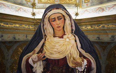 María Santísima de las Angustias ya está vestida de hebrea.