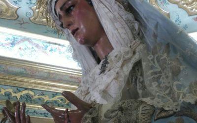 Atuendo de María Santísima de las Angustias para la festividad de  la Inmaculada.