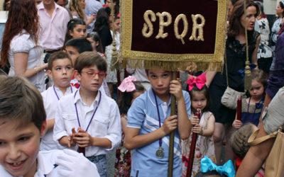 Participa en el cortejo de nuestro pasito de Cruz de Mayo el próximo domingo 27 de mayo