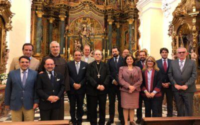 La Junta de Gobierno es recibida por nuestro Arzobispo Exmo Sr. D. Juan José Asenjo Peregrina