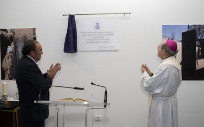 El Señor Arzobispo de Sevilla bendice la nueva Casa de Hermandad de Los Gitanos