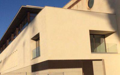 La Hermandad Sacramental de Los Gitanos bendice su nueva Casa de Hermandad