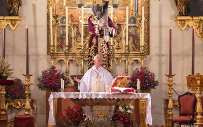 La Hermandad realiza la emisión en streaming de su misa de los Viernes
