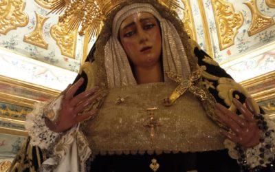 María Santísima de las Angustias ataviada para el mes de Noviembre
