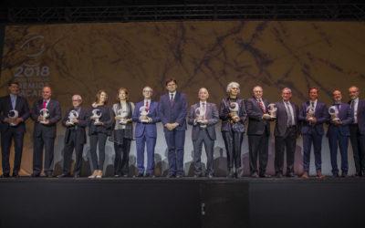 La Hermandad de Los Gitanos asiste a la entrega de los Premios Macael