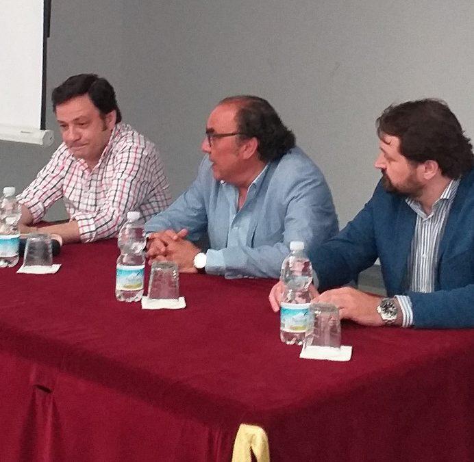 La conferencia «María Santísima de las Angustias Coronada» inaugura las II Jornadas Culturales del Grupo Joven