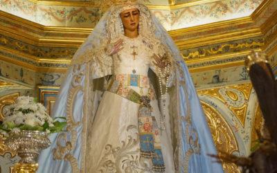La Virgen de las Angustias ataviada para la próxima festividad de la Inmaculada Concepción de María