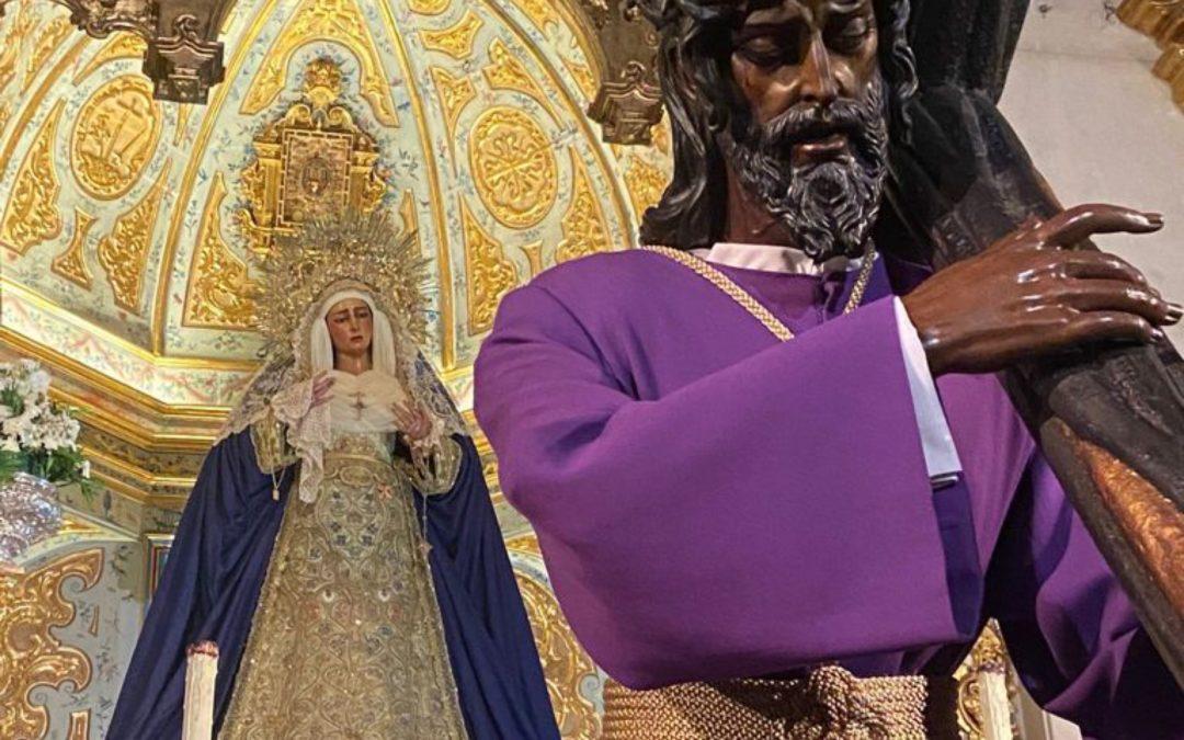 Cambio de atuendo del Señor de la Salud y la Virgen de las Angustias
